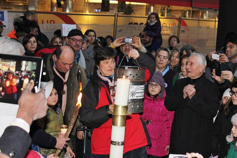 Luce della Pace di Betlemme 2013 031